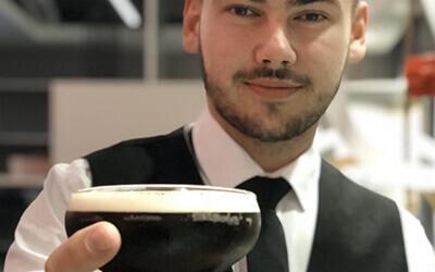 Hire a cocktail bar